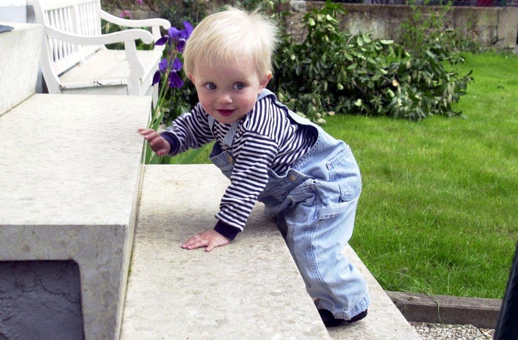Kinder Lernen Treppe Steigen